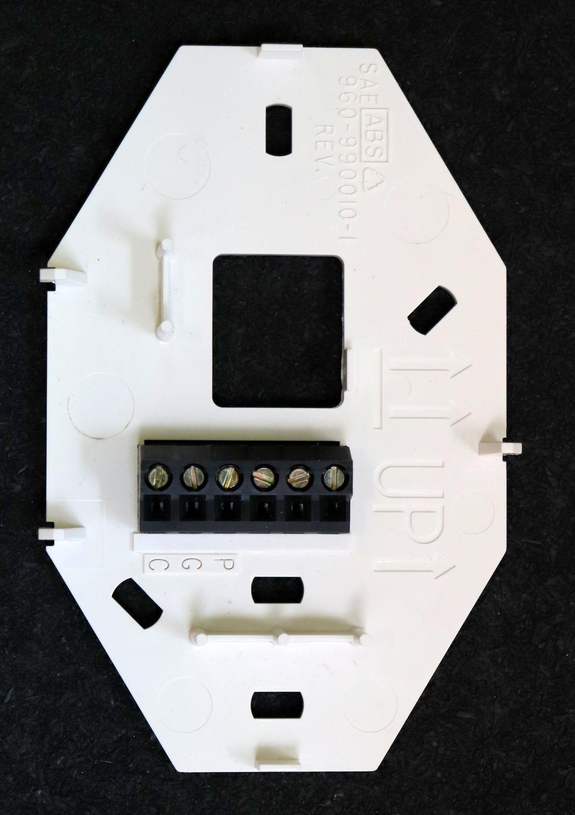 Carrete cinta; SMD; DPAK 1 X T435-700B-TR Triac; 700V; 4A; 35mA; Paquete